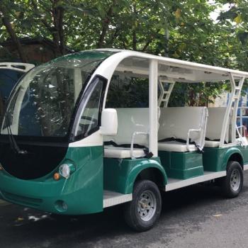 利凯11座敞开式电瓶游览观光车 全封闭电动11座观光车价格