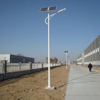 30瓦太阳能路灯海螺臂系列
