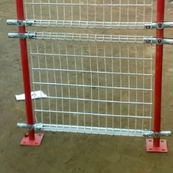 双圈围栏网现货、规格尺寸介绍