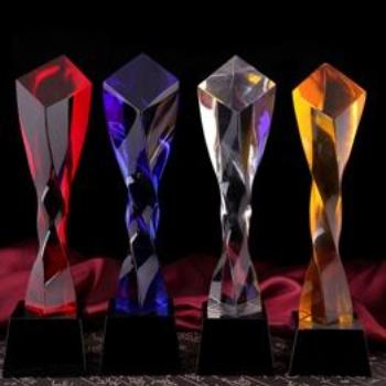 西安水晶奖杯定做厂家 颁奖会议奖杯刻字 西安奖杯批发