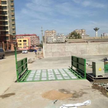 重庆渝中绿色环保封闭式工程车辆洗车机