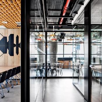 长沙中艺美装饰-工业风办公室