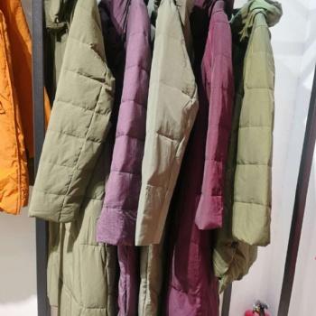 上海**【肯帕】20冬新款羽绒服品牌折扣走份批发网红羽绒服直播爆款