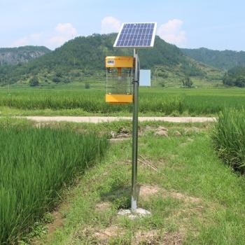 成都太阳能杀虫灯厂家——户外、家用LED驱蚊杀虫路灯