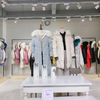 欧美气质风个性独特 布兰珊羽绒服 广州品牌折扣女装货源批发