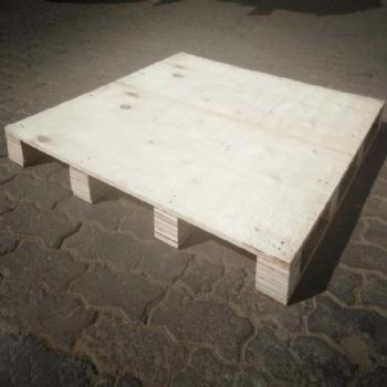 青岛木卡板销售电话 临港工业园常年加工木质托盘出口不用熏蒸