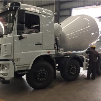 搅拌车厂家供应东风华神6X2小三轴8方水泥搅拌车仅售24.6万