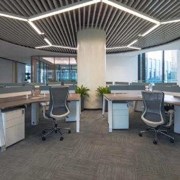 职员办公桌120度工作站可以提升企业的形象