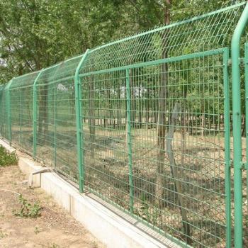 南宁厂家供应园林绿化圈地养殖不锈钢护栏网 定制圈地围栏网护栏网定制