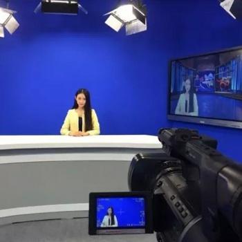 自媒体在线直播室 演播室抠像真三维制播设备