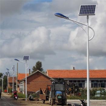 厂家生产 30WLED路灯 支臂灯 太阳能路灯 量大优惠