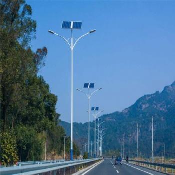 双臂太阳能路灯 户外6米7米8米太阳能灯 道路照明灯