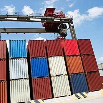 出口海运拼箱中的利与弊